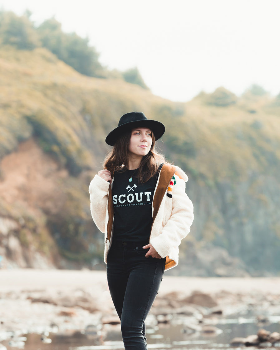 black scout tee